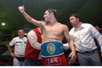Oscar Daniel Veliz boxer