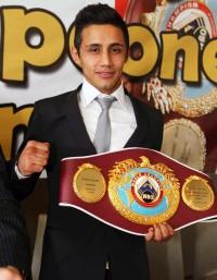Moises Fuentes boxer
