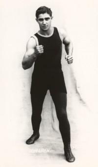 Tommy Uren boxer