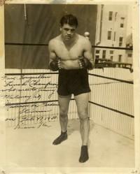 Moise Bouquillon boxer