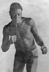 Kyle Whitney boxer