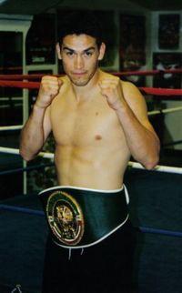 Enrique Ornelas boxer