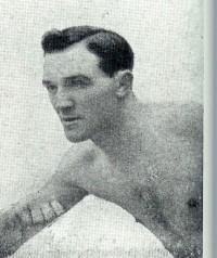 Leo Darton boxer