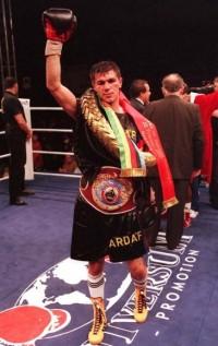 Mihai Leu boxer