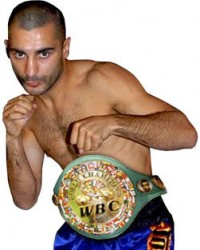 Vic Darchinyan boxer