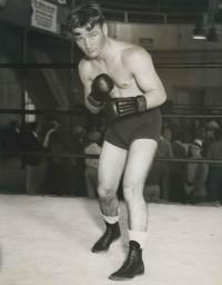 Matty Mathewson boxer