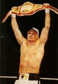 Stefan Angehrn boxer
