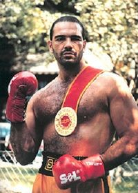 Mario Guedes boxer