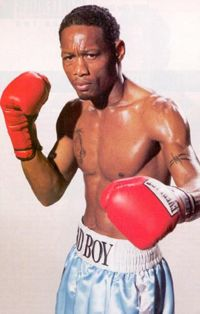 Grady Brewer boxer