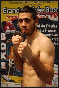 Zakaria Attou boxer