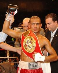 Luis Alberto Perez boxer