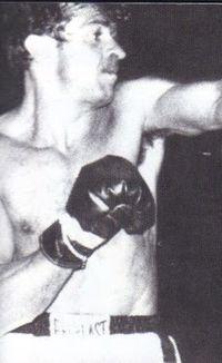 Jaime Valladares boxer