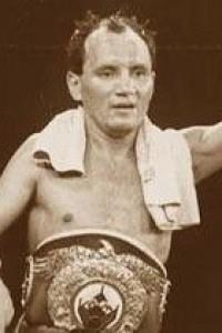 Isidro Perez boxer