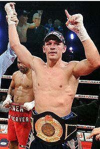 Kevin Bizier boxer