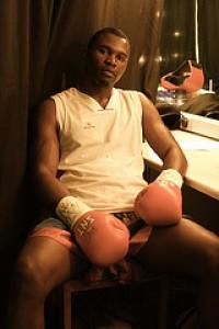 Elvis Moyo boxer
