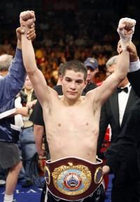Steve Luevano boxer