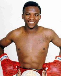 Dingaan Thobela boxer
