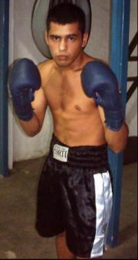 Matias Ezequiel Gomez boxer