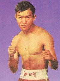 Berkrerk Chartvanchai boxer