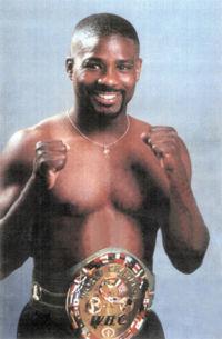 Stevie Johnston boxer