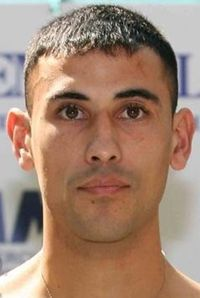 Mateo Damian Veron boxer