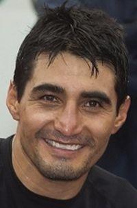 Erik Morales boxer