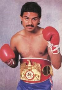 Orlando Canizales boxer