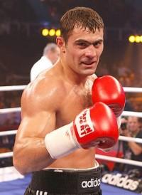 Rakhim Chakhkiev boxer