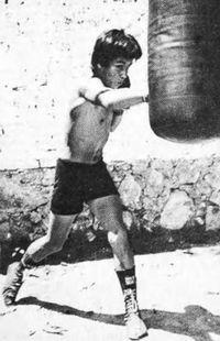 Jose Luis Cruz boxer