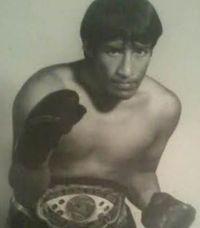Valentin Martinez boxer