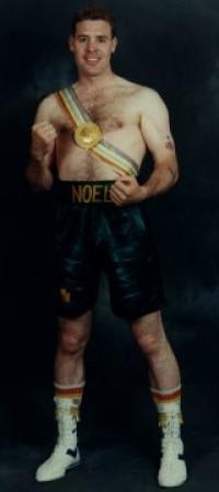 Noel Magee boxer