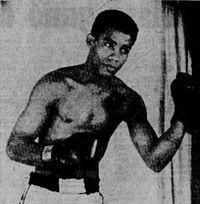 Luis Osses boxer