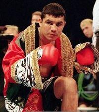 Nestor Garza boxer