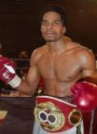 Imamu Mayfield boxer
