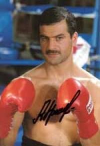 Artur Grigorian boxer