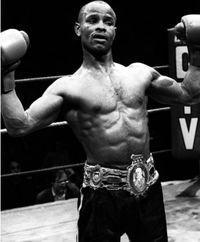 Tony Laing boxer