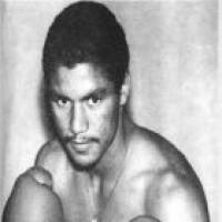 Sammy Fuentes boxer