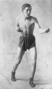 Kid Julian boxer