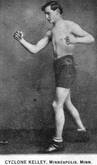 Cyclone Kelly boxer