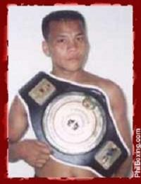 Jun Arlos boxer