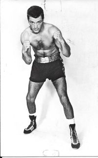 Nelis Oostrum boxer