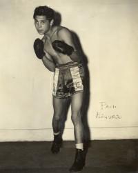 Paul Requejo boxer