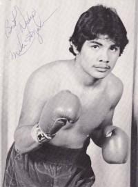 Mike Ayala boxer