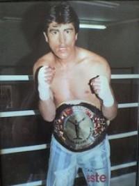 Bernardo Mendoza boxer