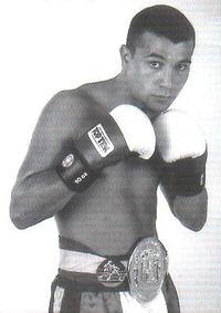 Javier Campanario boxer