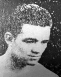 Bobby Hinds boxer