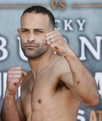 Luis Galarza boxer