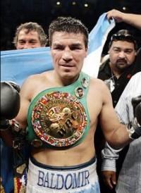 Carlos Manuel Baldomir boxer