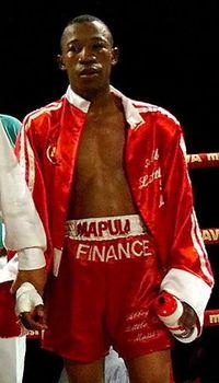 Abbey Mnisi boxer