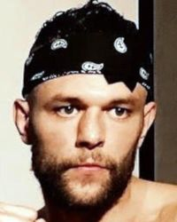 Taylor Duerr boxer